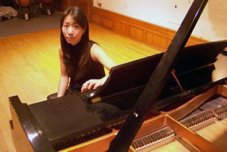 Classical Pianist Chiharu Naruse will perform at UMA Jewett Auditorium | May 20 at 2pm